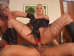 Nuvid Movie:Two hottie latex clad slutty c...