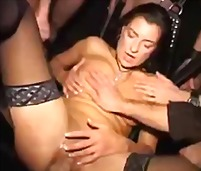 PornHub Movie:Extremely brutal gang bang fis...