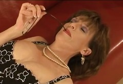 Mature stockings british slut gives f...