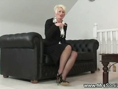 Mature lady shows her ...