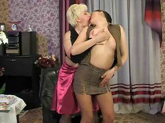Penny & Laura dirty lesbos in a heat