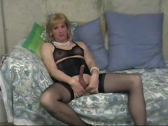 a Shemale Tube - Donna Queen Doing Her Dirty Thing