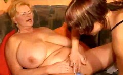 Porno XO - Bbw lesbian granny and her skilful girlfriend