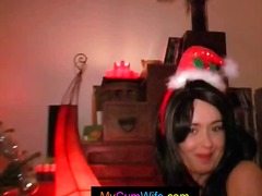 Nuvid - Busty brunette wife is Santa's helper and gives hubby a blowjob