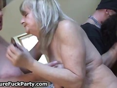 Fat old and horny wife sluts sucking ...