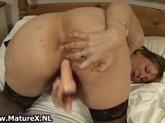 Thick older mom with b...