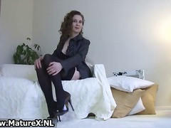 Brunette mature mom wi...