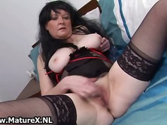 Granny in sexy black lingerie loves part4