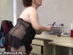 BBW mature housewife w...