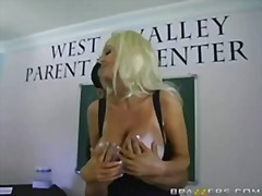 Busty blonde Brittany O'Neil eats coc...