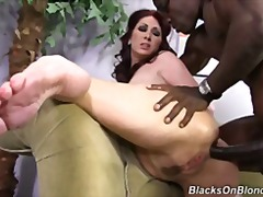 Hot cougar mom Tiffany Mynx fucked by BBC without mercy