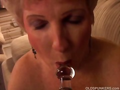 Gorgeous amateur grandma slips out of...