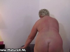 Chubby mature blonde is horny and plays