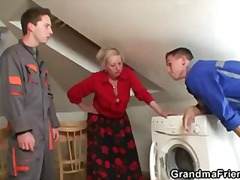 reality, granny, old, mother, mature, wife, grandmafriends.com, grandma, housewife, old-and-young
