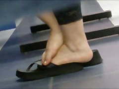 See: Mexicana plump toes in...