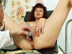 Speculum is sexy in he...