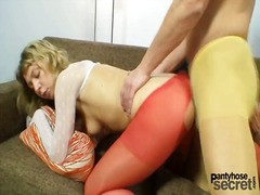 Yobt TV Movie:Blond babe Vanesa and a fellow...