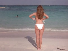 Kelly Brook - Three preview