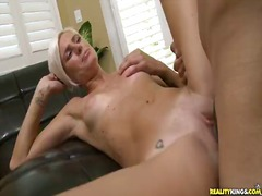 Thumb: Catarina acquires her ...