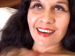 Mature latina shows ho... - PornerBros