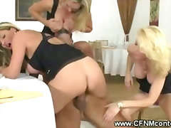 H2porn Movie:Milfs kissing while watch coup...