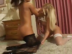 Catfight between theif... video