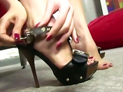 fetish, foot, brunette, footjob