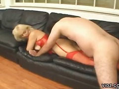 Mature blonde sucks co... - Over Thumbs