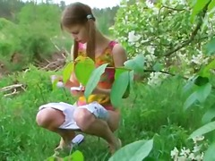DrTuber Movie:garden toying pussy with cucumber