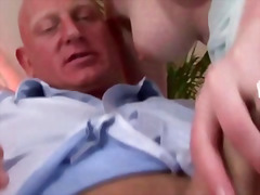 H2porn - Mature in lingerie is ...