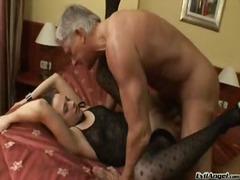 Yobt TV Movie:Sensuous brunette plays pocket...