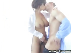 H2porn Movie:Milf with hot tits and ass suc...