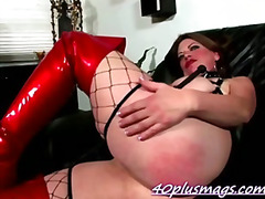 Mean nasty housewife C...
