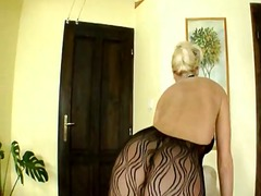 Yobt TV - Cindy Dollar has the d...