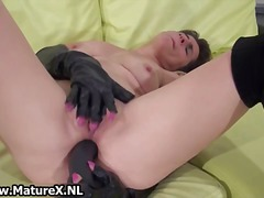 DrTuber - Dirty blonde amateur h...
