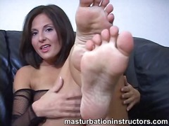 DrTuber Movie:Jerky teacher puts her feet up...