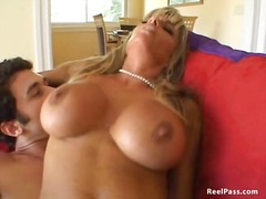 Kristal Summers g...
