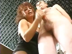 Xhamster Movie:Mistress Kelly and The Repairman