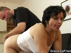 Young cock for mature puss... - 01:27
