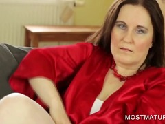 Thumb: Stockinged mommy showi...
