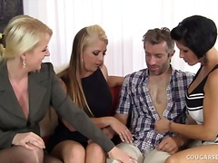 Over Thumbs Movie:Mature Group Sex with Hot Coug...