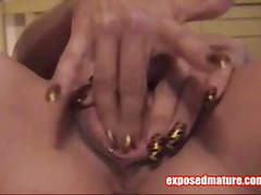 Masturbating MILF On Cam - Tube8
