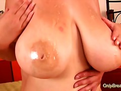 Busty woman licked - Redtube