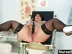 Thumbmail - HUGE TITS AMATEUR MOM ...