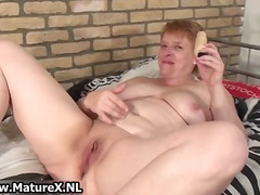 Old busy housewife wanking her pussy ...