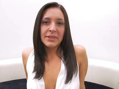 Gracie Glam widens her... - Yobt