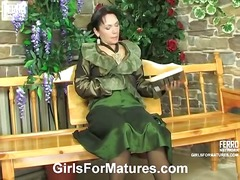 Yobt TV Movie:Girls For Matures offers you L...