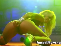 Hot blonde exposes her... from Yobt TV