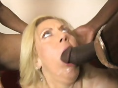 2 BBC Fucks Cougar Mam video