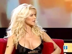 See: Victoria Silvstedt tit...